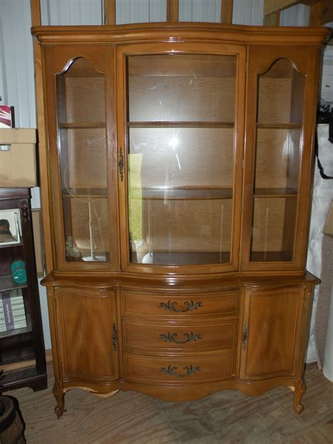 1960s China Cabinet Need To Identify China Cabinet 1960s Broyhill My