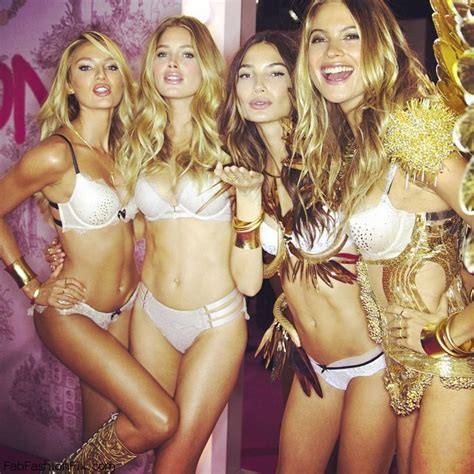 vs angels candice and doutzen spend a day together on the beach in candice swanepoel doutzen kroes lily aldridge and behati