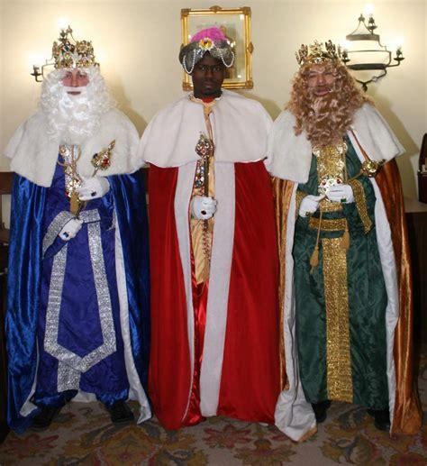 imagenes de los reyes magos en persona los reyes magos llegan este jueves a c lm cargados de