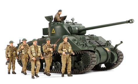 Vc Model 4wd Tiger Zap 1 35 tank sherman vc firefly w 6 figures