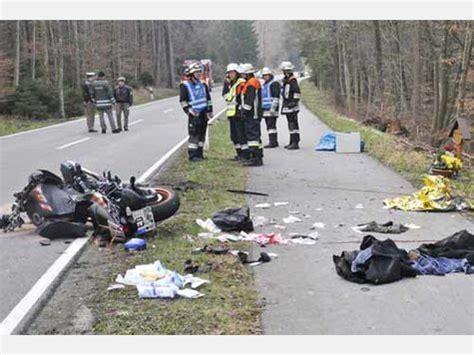 Motorradunfälle by Schwerer Motorrad Unfall Bei Glonn Bayern