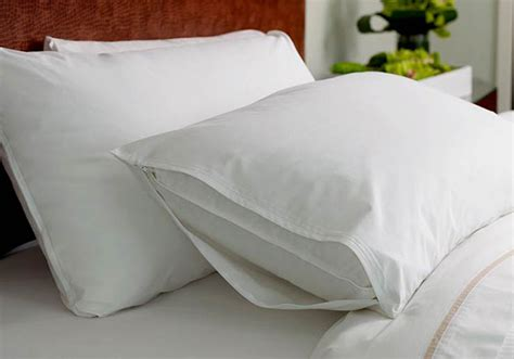 heavenly bed pillows pillow protector westin hotel store