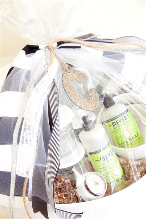 simple wedding shower gift ideas simple gifting 10 mrs meyer s gift basket ideas southern state of mind