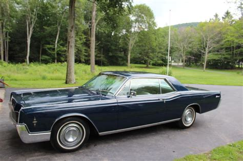 Interior Paint Colors To Sell Your Home 1966 Lincoln Continental 2 Door Coupe Classic Lincoln