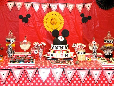 mickey mouse themed decorations 37 cool birthday ideas for boys