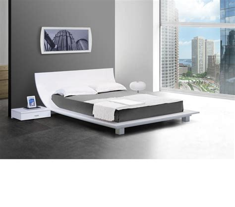 Bedside Platform Bed by Dreamfurniture Story White Platform Bed 2 Nightstands