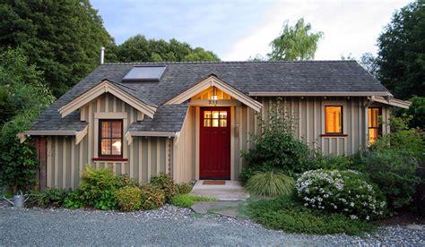 Backyard Cottage   Ross Chapin Architects