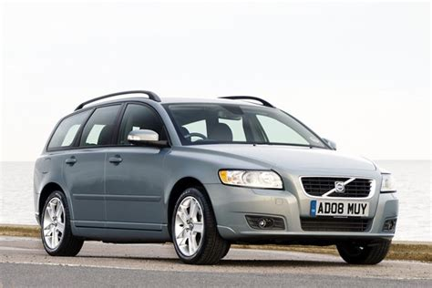 file volvo v50 04 20 2010 jpg used volvo v50 buyer s guide review parkers
