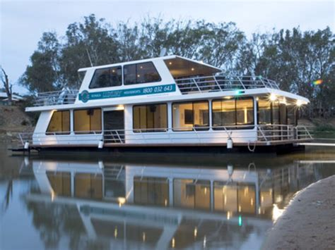 luxury house boats echuca luxury houseboats