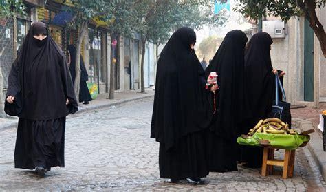Ikn Dress Muslim Fathiya visiting fatih fener and balat rediscover istanbul