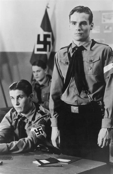 robert sean leonard swing kids pin still of christian bale in swing kids de sista