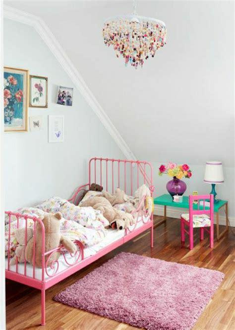 kronleuchter rosa kinderzimmer bett aus schmiedeeisen 41 wundersch 246 ne ideen archzine net