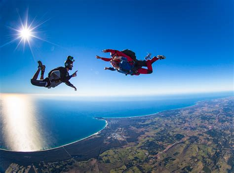 sky dive 10 of the best places in the world to jump out of a plane