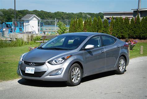 Hyundai Ca by Review 2016 Hyundai Elantra Canadian Auto Review