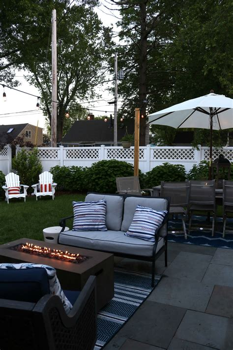 backyard patio outdoor furniture  small spaces