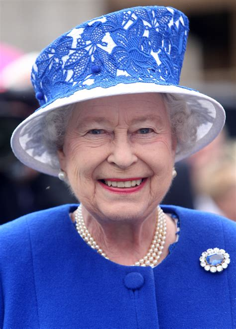 queen elizabeth queen elizabeth ii the huffman post