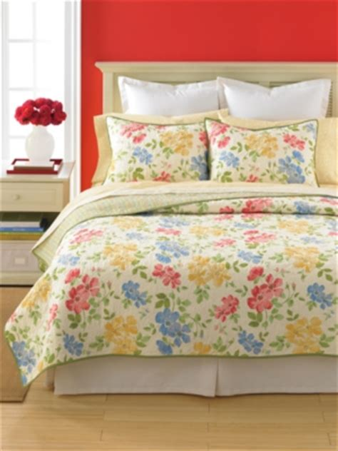 Martha Stewart Flower Song Quilt by Martha Stewart Closeout Deals For The Home