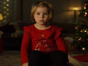 volkswagen fatigue detection christmas commercial  girl waiting  santa  tv spots