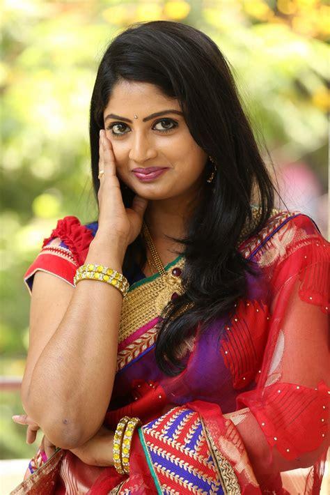 telugu actress tv telugu tv actress mounica hot photos in red saree
