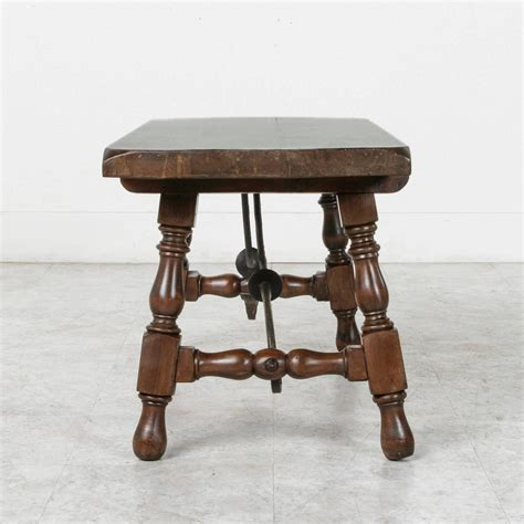 renaissance style coffee table or bench with