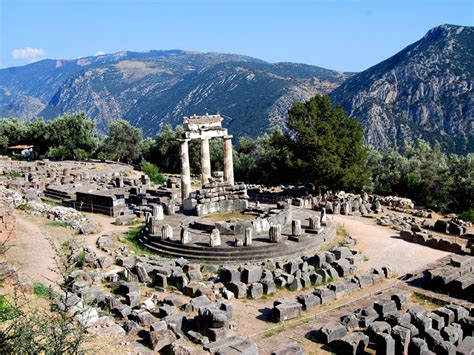 delphi excursion is a beautiful trip that will amaze you