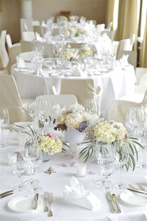 Weiße Hochzeitsdeko by Hochzeitsdeko Runde Tische Die Neueste Innovation Der