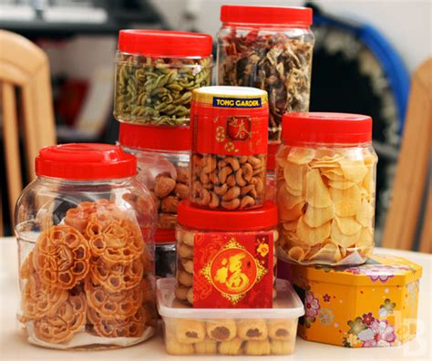 where to buy new year goodies in hong kong the food of new year bread et butter