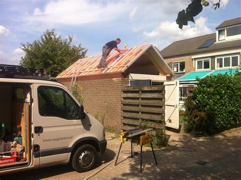kleine garage dak plaatsen op kleine garage leuth gisteren bouw