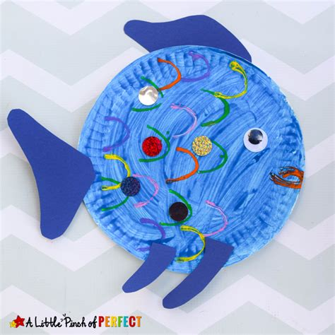 Fish Paper Plate Craft - paper plate fish craft inspired by the rainbow fish