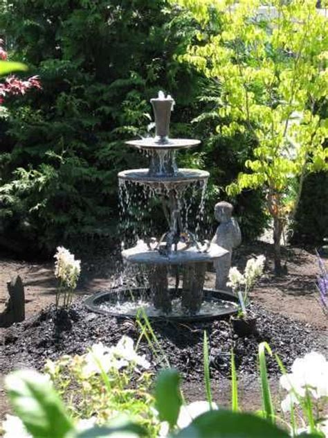 awesome outdoor fountains