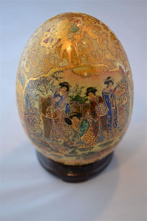 satsuma decorative eggs satsuma porcelain egg with courtesan geisha scenes circa