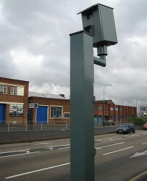 do traffic light cameras flash? the student room