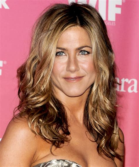 the base color of jennifer anistons hair color jennifer aniston new hair cut pictures short hairstyle 2013