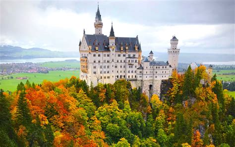 best time to fly to europe the seasons and save farecompare