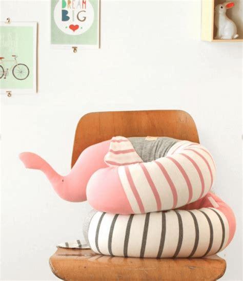 cuscino allattamento fai da te mamme in dolce attesa cuscino allattamento zigzagmom