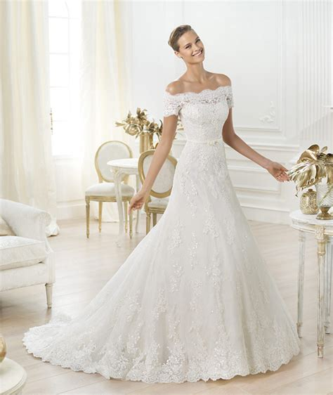 Preowned Wedding Dresses by Get Amal Alamuddin S Wedding Dress Style Preowned