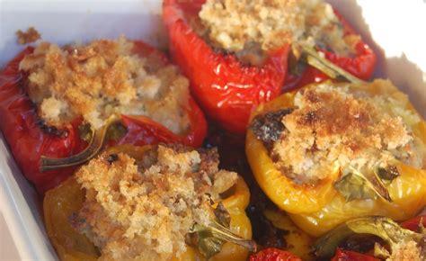 come cucinare i peperoni zuppa ricetta come cucinare i peperoni ripieni al forno