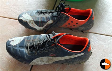 how to clean football shoes how to clean your evopower boots football boots