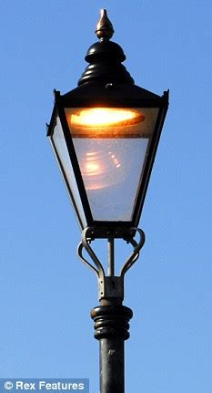 switching  street lamps  triple road deaths