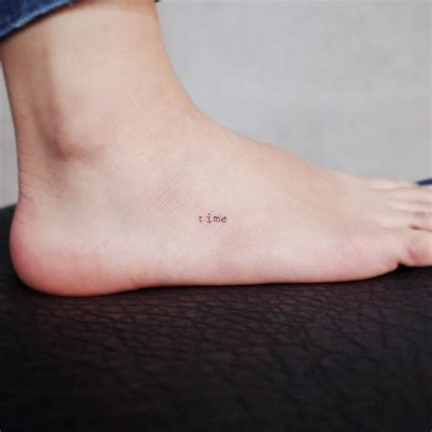 small discreet tattoos 25 tiny discreet tattoos that will inspire you to get