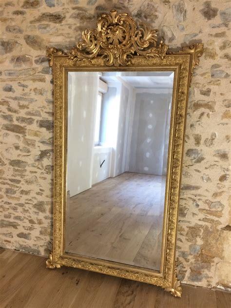 Grand Miroir En Bois Et Stuc Doré Napoleon III   miroirs