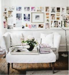 Ideas For Displaying Pictures On Walls by Via Pinterest