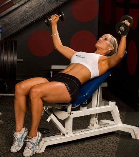 sore shoulder bench press sore shoulder bench press ladies chest and tricep day reedcar