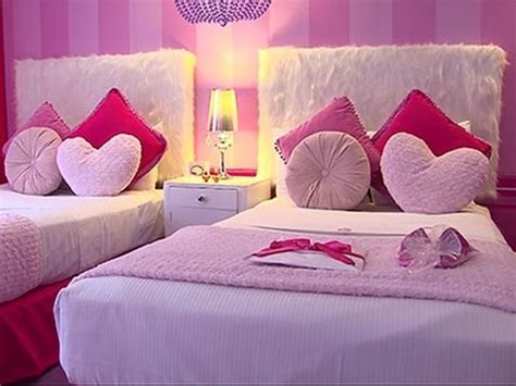 Pink Teenage Bedroom Ideas posh and pink first barbie hotel room in world youtube