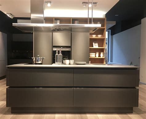 veneta cucine catania veneta cucine catania stunning tablet rovgrigio with