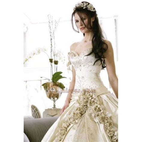 lotr inspired wedding gowns elven wedding gowns costumes lotr stuff to buy