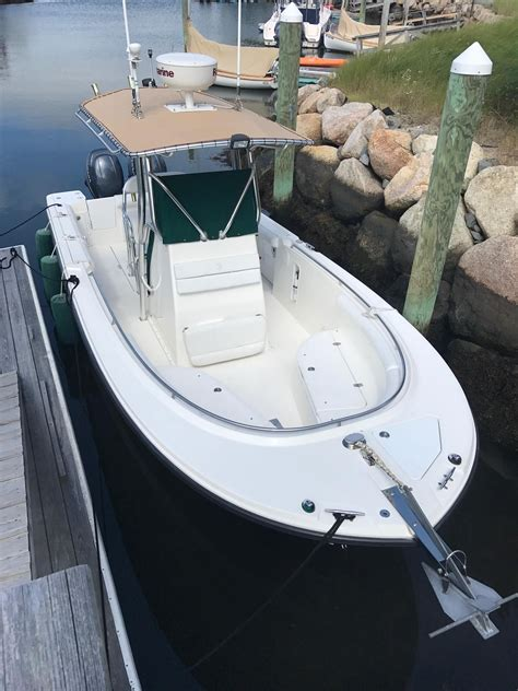 edgewater boats ct 2006 edgewater 245cc power boat for sale www yachtworld