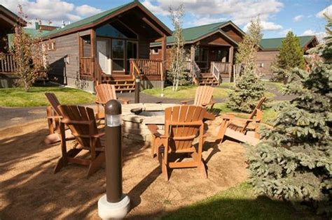 Explorer Cabin Yellowstone by Explorer Cabins At West Yellowstone The Pike Company