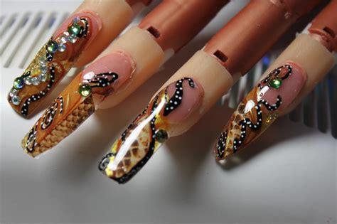 snake pattern nails nail art design paper snake pattern