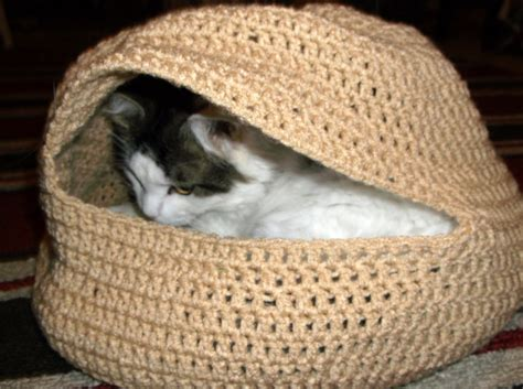 crochet cat bed lighting